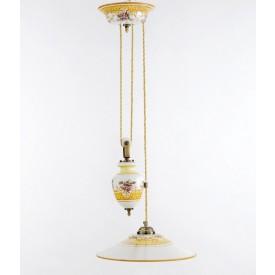 Lampadario con carrucola saliscendi Lampadario in ceramica decorato a mano